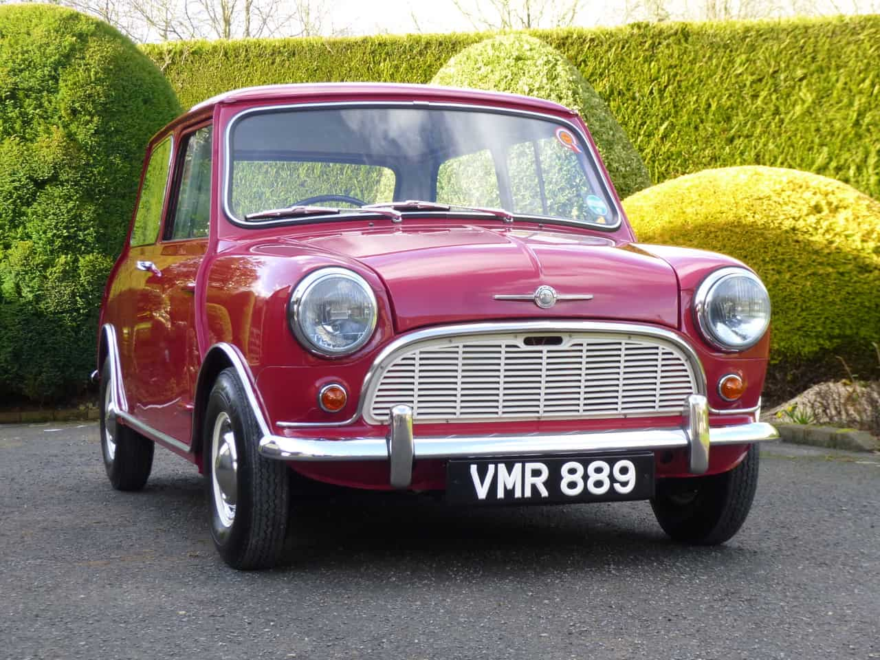 ** NOW SOLD ** 1960 Morris Mini Minor Deluxe In fantastic Restored Condition.
