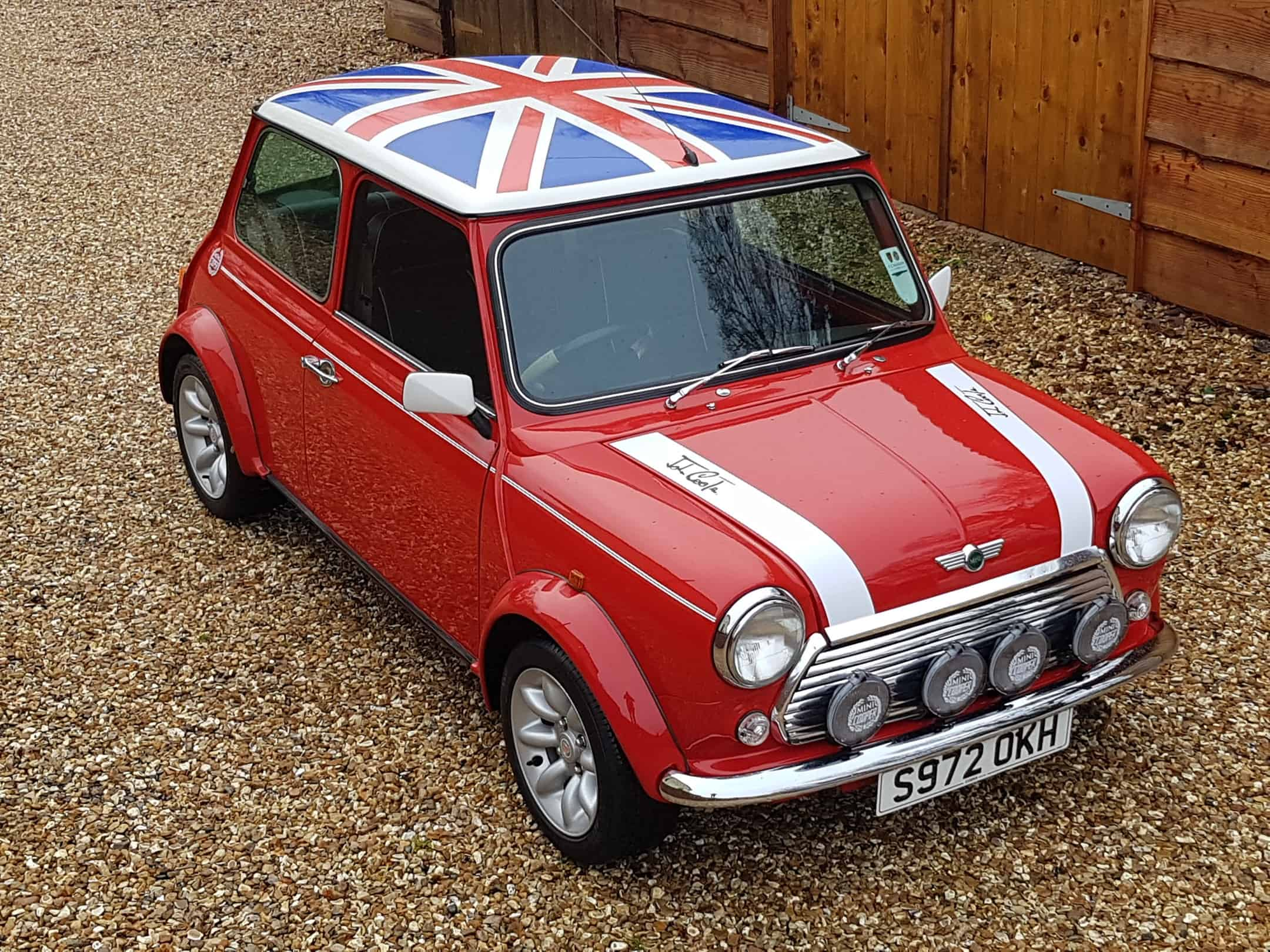 ** NOW SOLD ** 1998 Rover Mini Cooper Sport On Just 21730 Miles From New