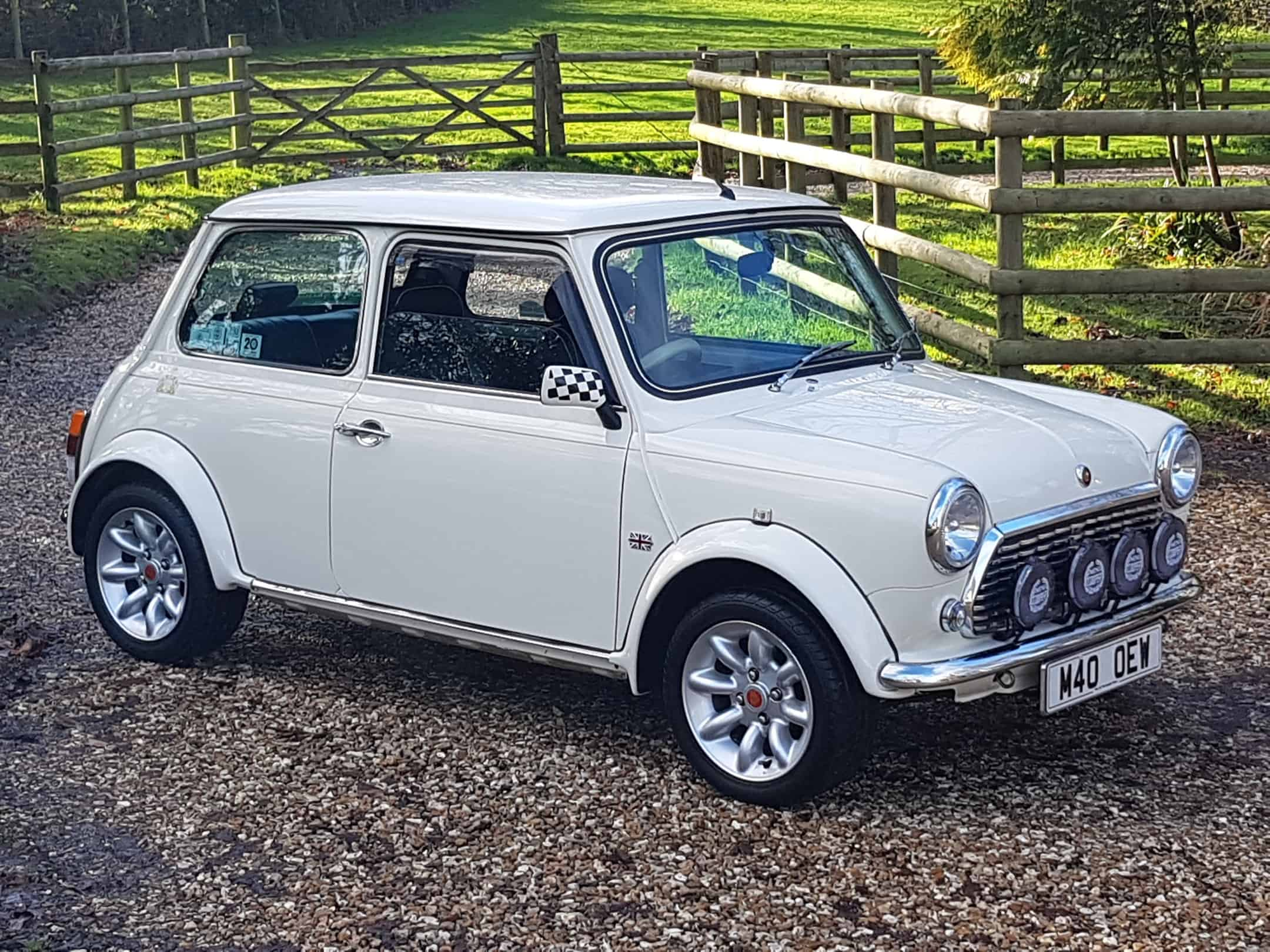 ** DEPOSIT PAID ** Very Rare Mini Cooper 40 LE In Old English White On Just 25900 Miles From New