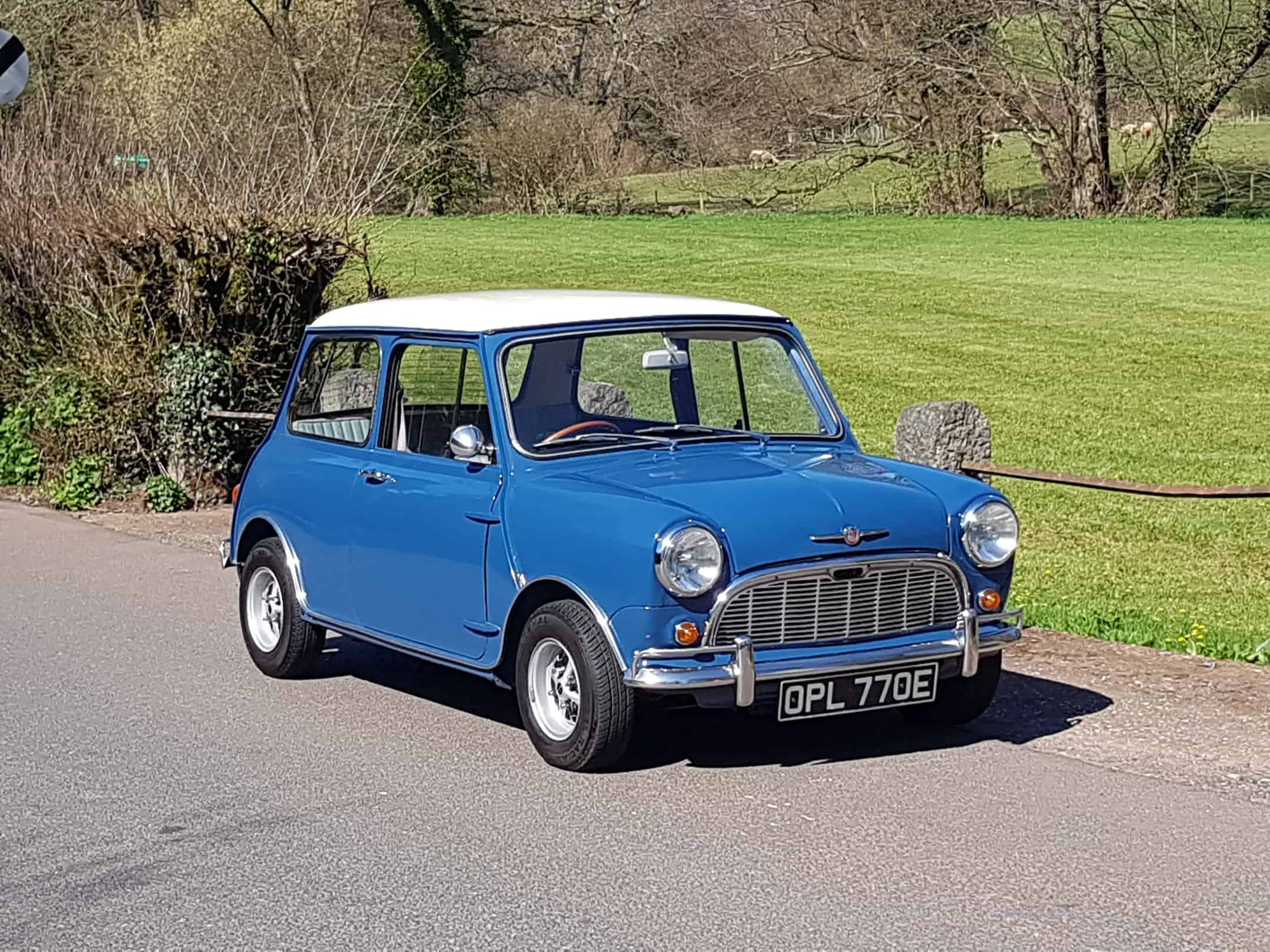 1967 Morris Mini MK 1 Super Deluxe In lovely condition.