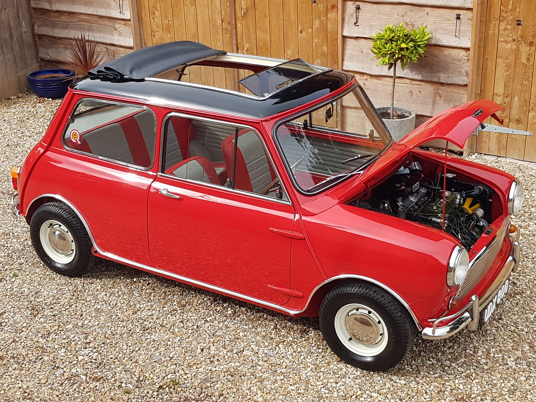 ** NOW SOLD ** Outstanding Austin Mini 998 Cooper With GT Spec Engine!